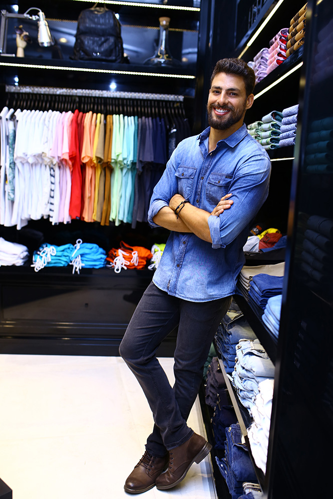 Jeans com jeans